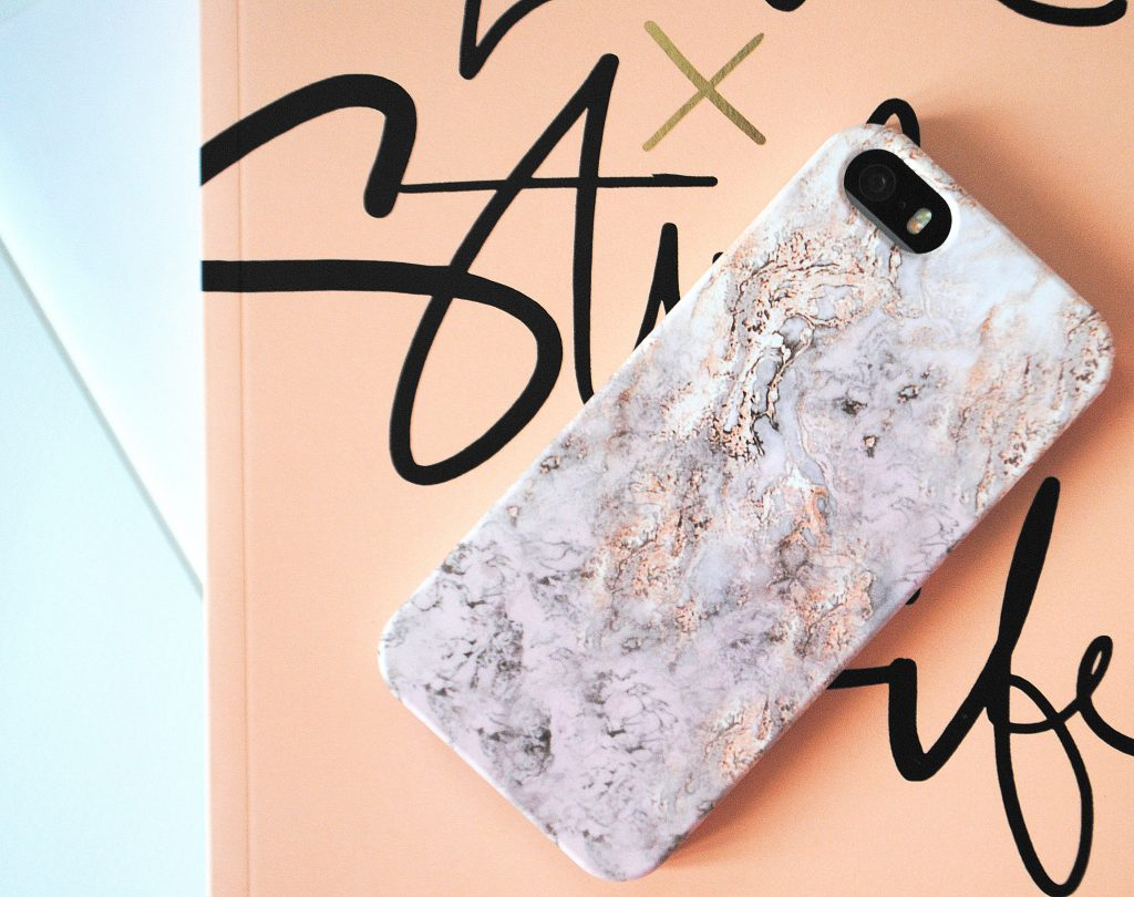 coque-personnalisee-caseapp-marbre-iphone-5s-blog-annesophie-papote-1